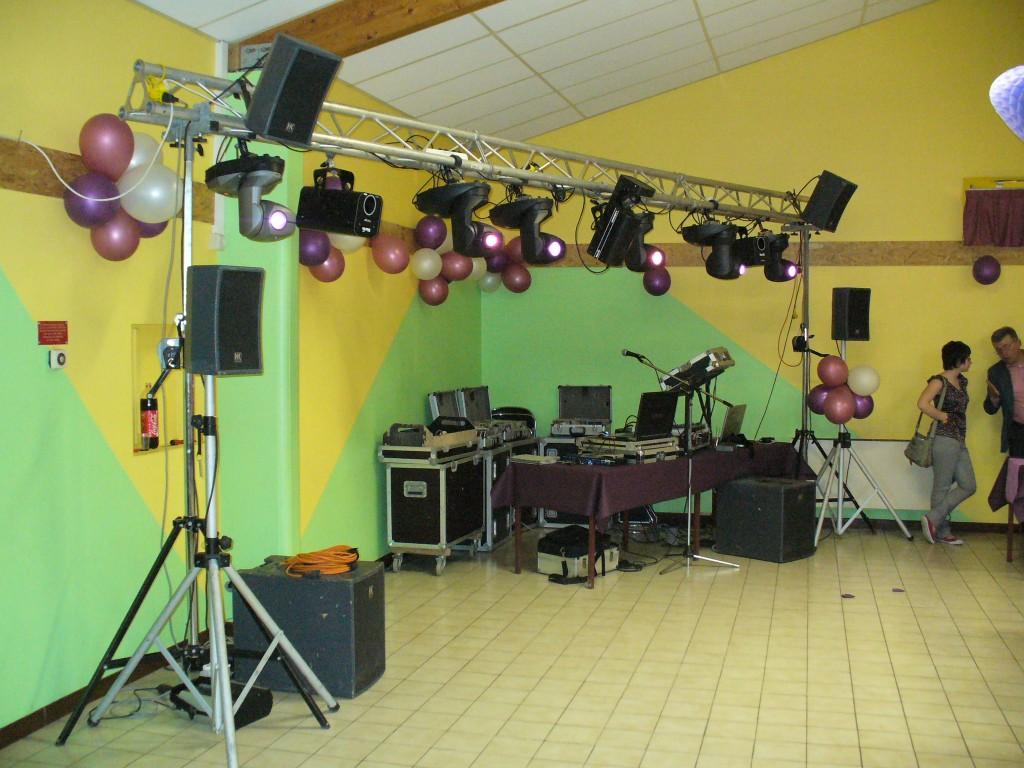 Animation DJ Kit sonorisation et éclairage