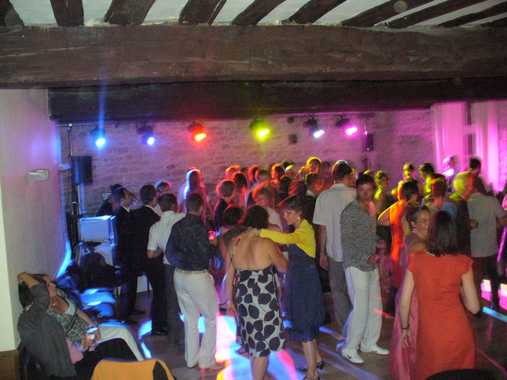 Animation DJ Mariage au Chateau de Melin Coted'or - MUSIC LIGHT ...