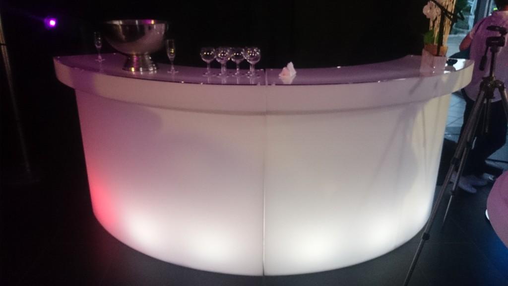 Location bar lumineux à LED MLA DIJON