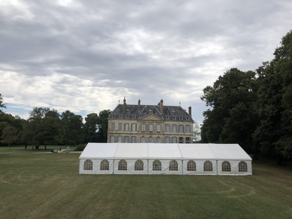 Chapiteau MLA au château de Brognon